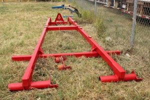 Sunflower rear hitch for sale in Lethbridge, Alberta. Sunflower 1435 disc hitch for sale at Hanlon Ag Centre.
