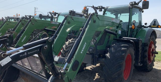 Used Fendt for sale Alberta, 2014 Fendt 716 tractor for sale, sale on Fendt tractor Lethbridge, Alberta, Canada