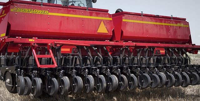 Sunflower 9610 three point grain drills for sale at Hanlon Ag Centre in Lethbridge, Alberta, Canada. View high-capacity 3 bu/ft seed hopper available in 15' or 20' working widths. Conventional or minimum tillage drill.
